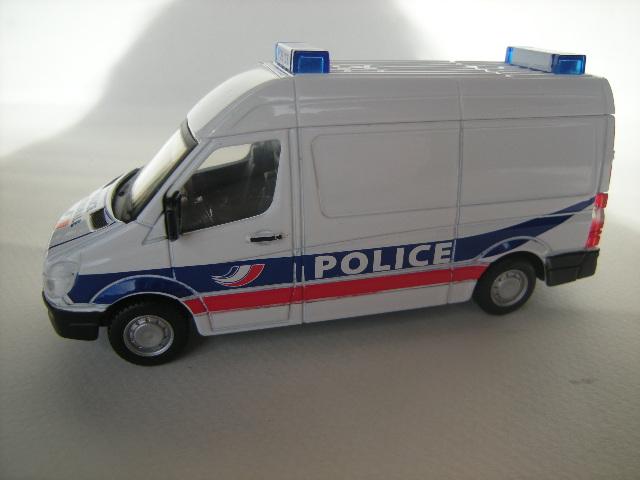 Mercedes Sprinter Police BBURAGO