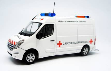 renault master ambulance croix rouge fran aiseavec planche de d calcomanies planet passions. Black Bedroom Furniture Sets. Home Design Ideas