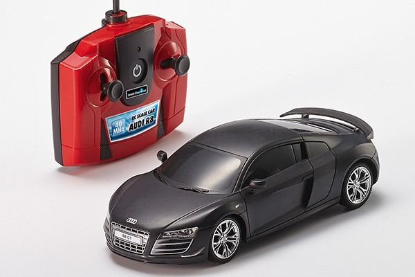 rc scale car with 2 channel mhz remote control audi r8. Black Bedroom Furniture Sets. Home Design Ideas